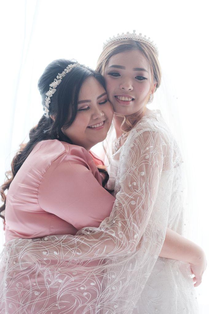 Wedding day of Shinta & Aldo by Michelle Bridal - 020