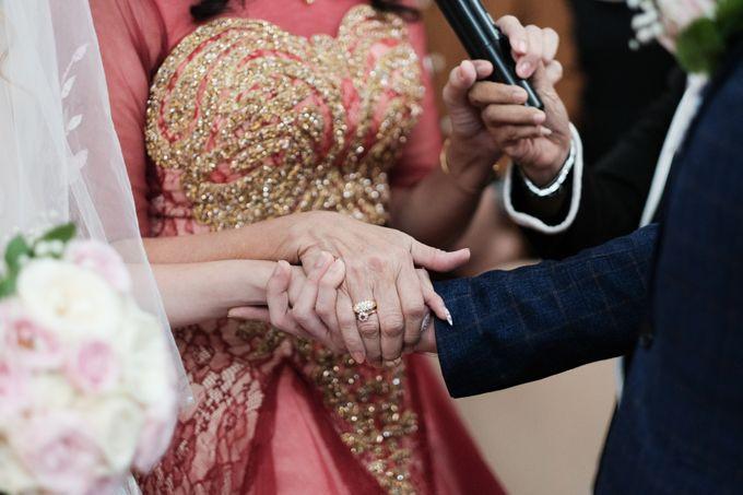 Wedding day of Shinta & Aldo by Michelle Bridal - 026