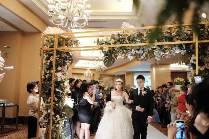 Wedding day of Shinta & Aldo by Michelle Bridal - 036