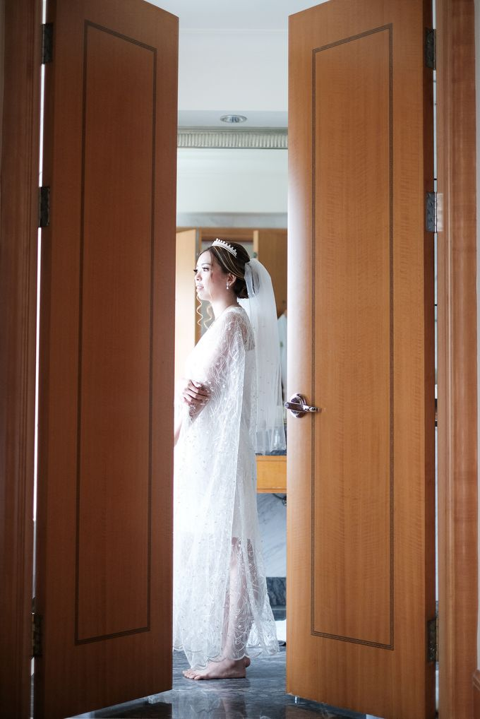 Wedding day of Shinta & Aldo by Michelle Bridal - 041