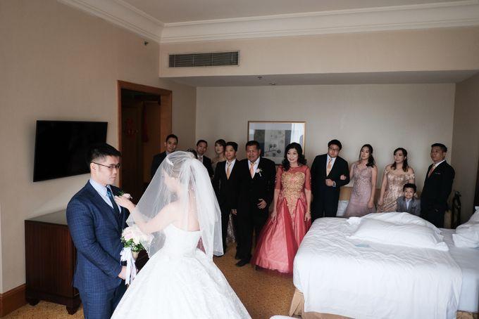Wedding day of Shinta & Aldo by Michelle Bridal - 045