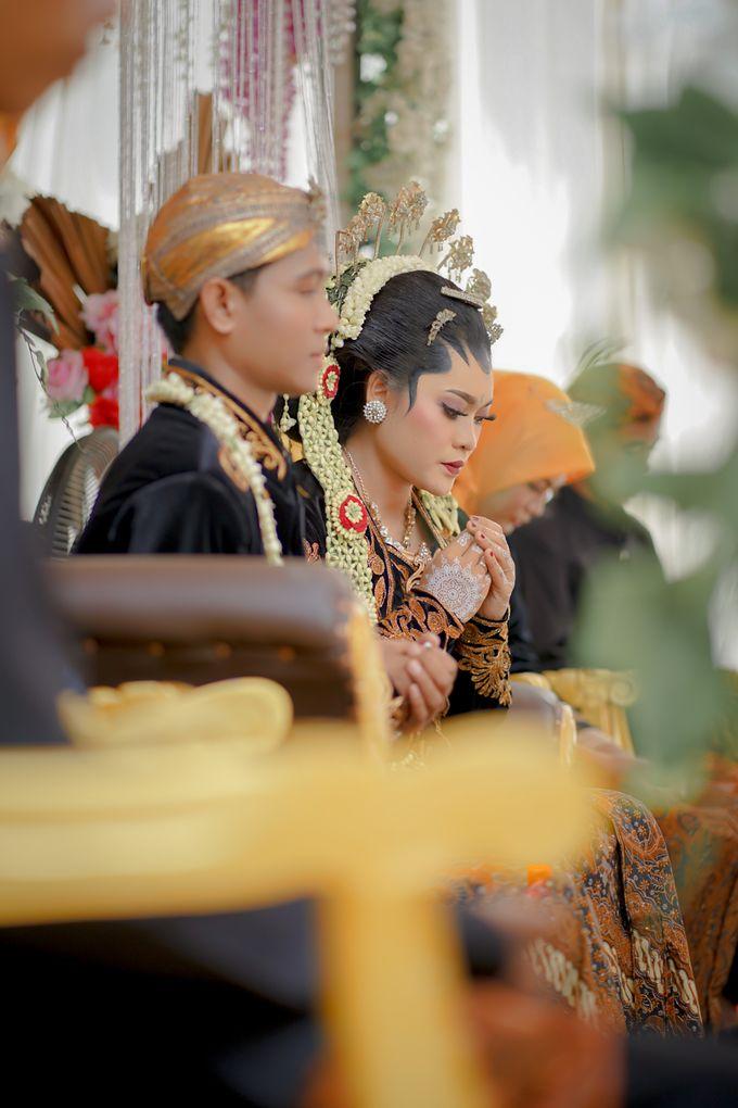 Wedding of Vella & Hendryis by kolektifphotovideo - 003