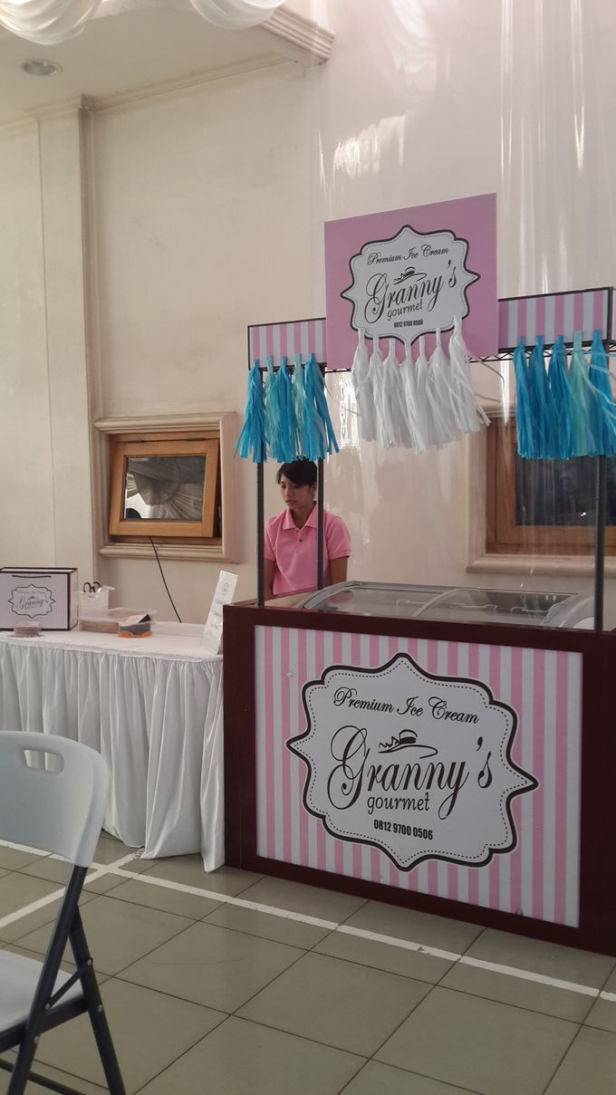 Granny's Gourmet Booth by Granny's Gourmet - 001