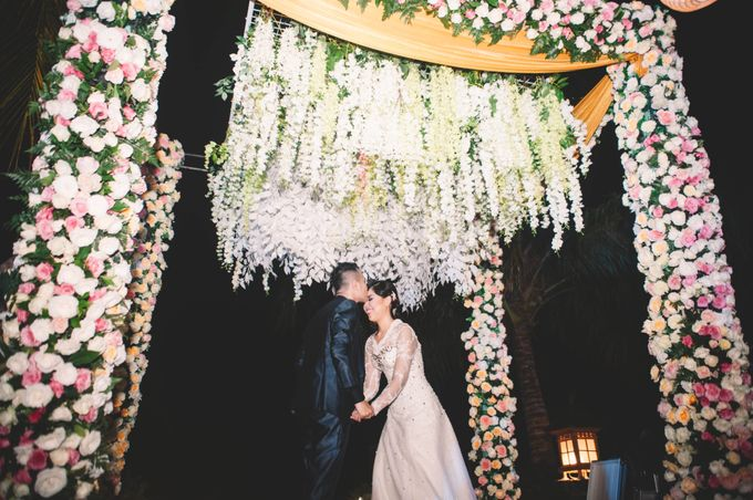 Indonesian Wedding In Bali E&K by Mariyasa - 006