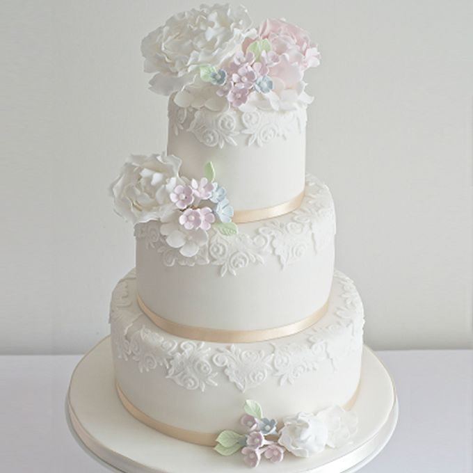 3 Tiers by Amor Cake - 023