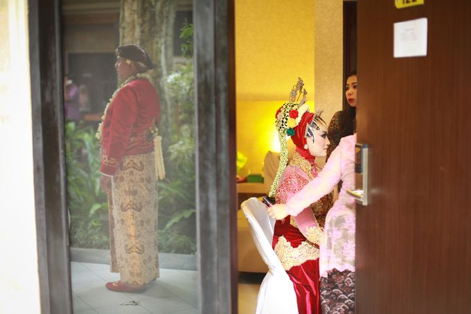 The Weddng Of Dewi & Riskyan by R A Picture - 009