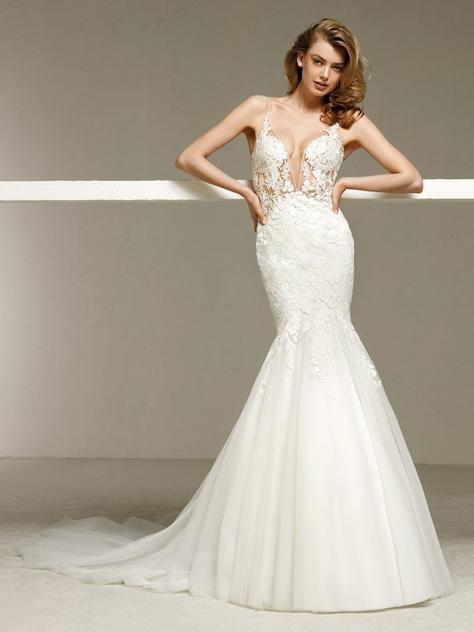 Pronovias by DESIGNER BRIDAL ROOM - 032