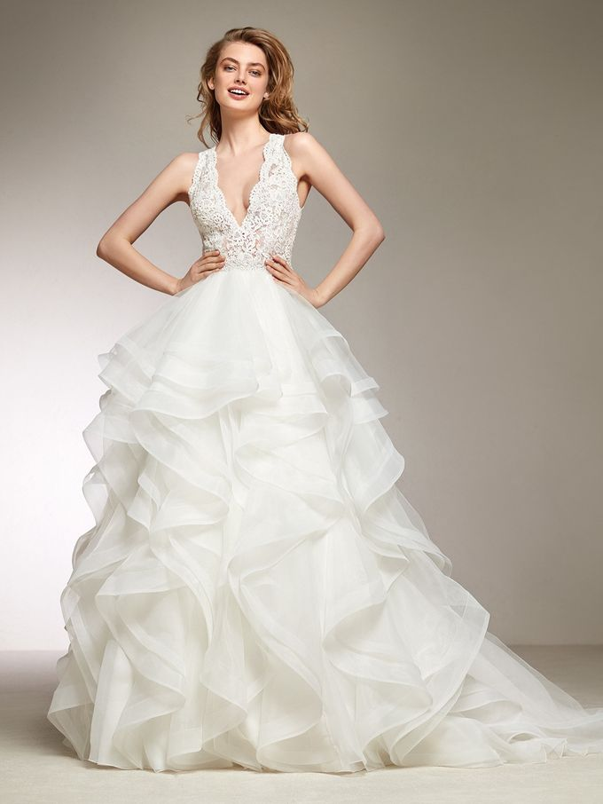Pronovias by DESIGNER BRIDAL ROOM - 033