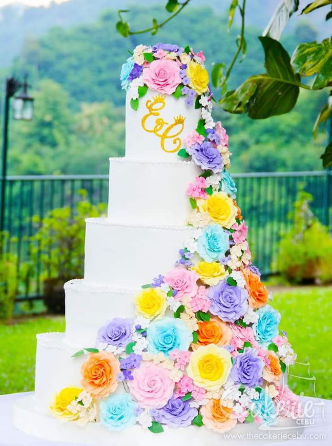 wedding cakes in cebu lighted wedding cakes by the cakerie cebu bridestory 24595