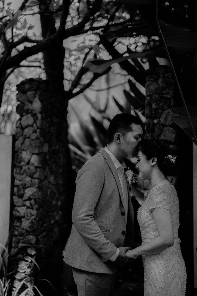 Vania & Valen Wedding by AKSA Creative - 001