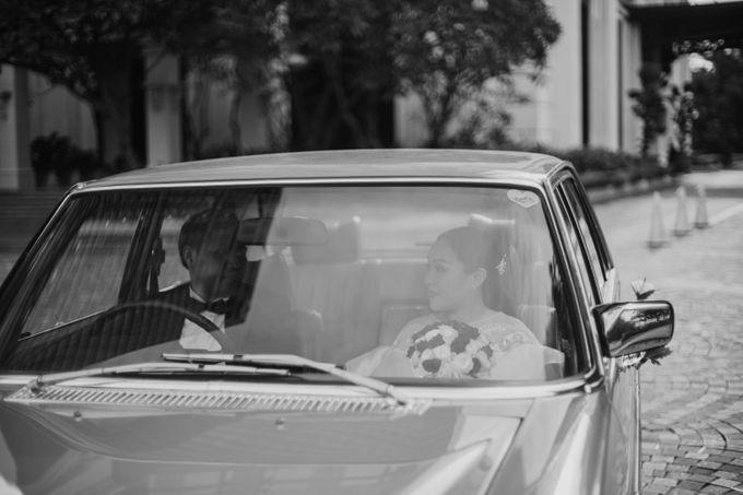 Vania & Kennan Wedding at Sampoerna Strategic by AKSA Creative - 045