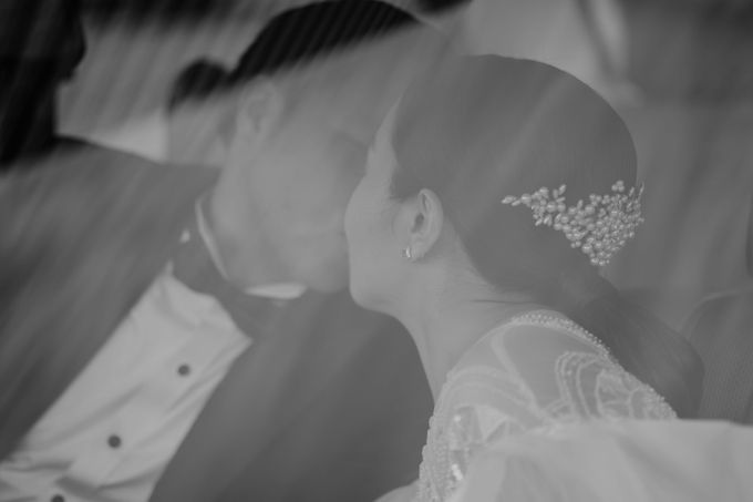 Vania & Kennan Wedding at Sampoerna Strategic by AKSA Creative - 009