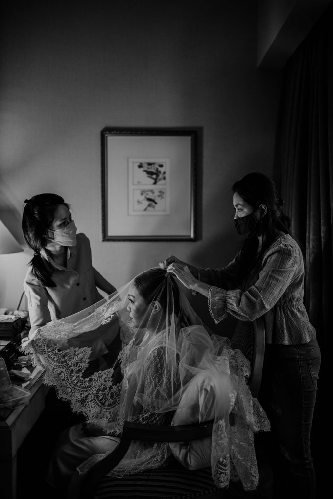 Vania & Kennan Wedding at Sampoerna Strategic by AKSA Creative - 043