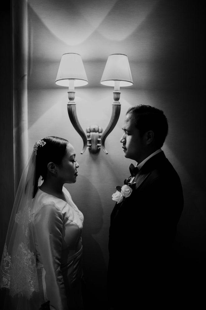 Vania & Kennan Wedding at Sampoerna Strategic by AKSA Creative - 036