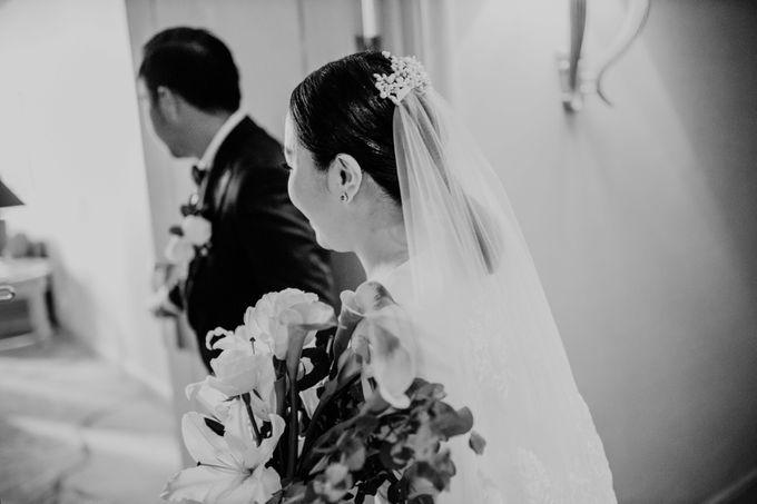 Vania & Kennan Wedding at Sampoerna Strategic by AKSA Creative - 033