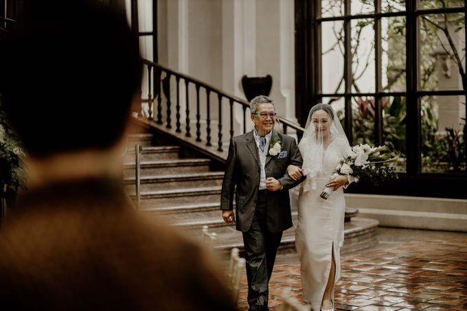 Vania & Kennan Wedding at Sampoerna Strategic by AKSA Creative - 027