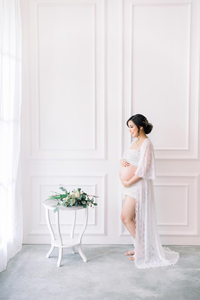 Maternity shoot Ms. Sandy by Vania Prasetya MUA - 003