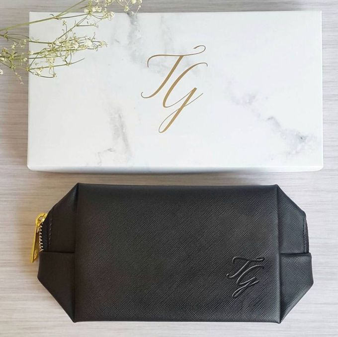 Vanity Pouch for favor - Tim & Gabby by IWP - 001