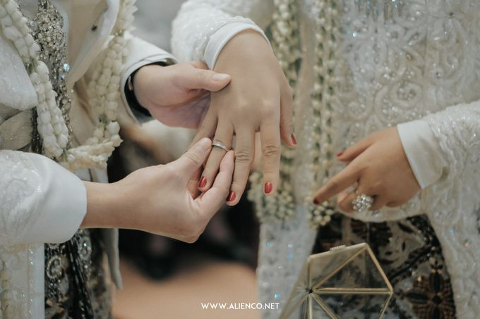 THE WEDDING OF ANGGI & iNDRA by alienco photography - 048