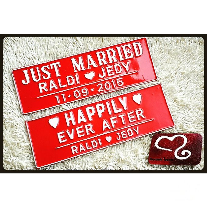 Wedding Car Plate by Sweetlovecollection - 043