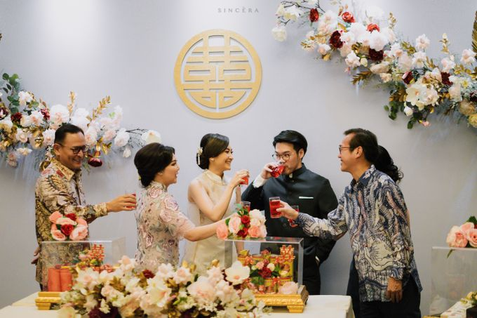Vincent & Astrid Engagement by Femine Wiratno - 009