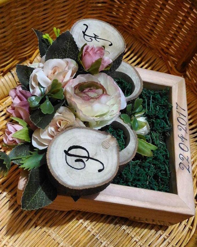 Wedding ring box by Hana Seserahan - 041