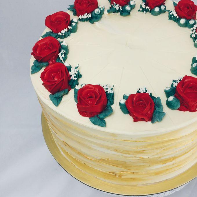 Floral Botanical Wedding Cake by Orange Maple Bakery - 006