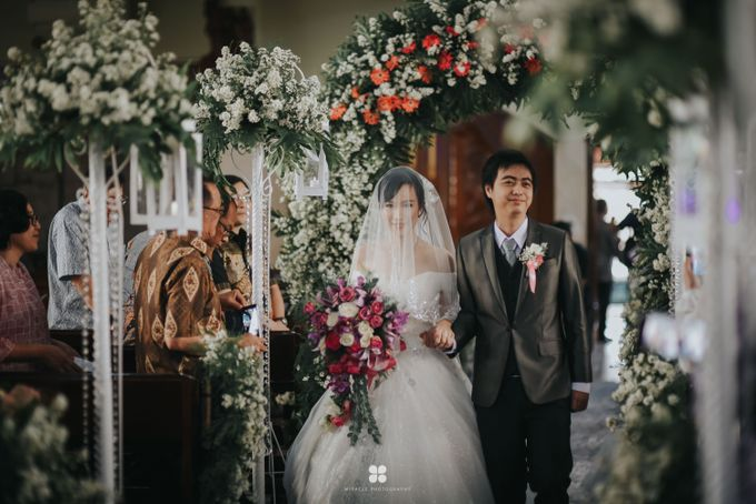 Wedding Day by Daniel H - Anthony & Amelia by Miracle Photography - 003
