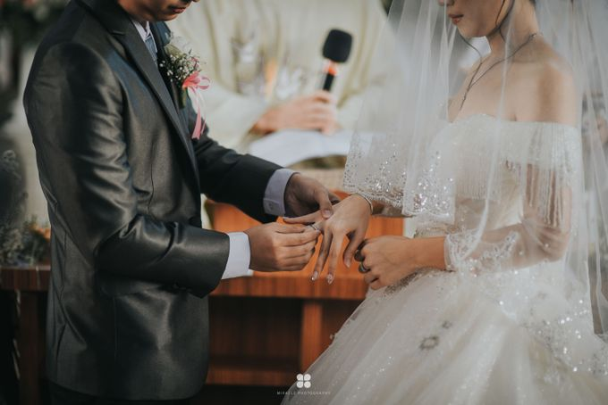 Wedding Day by Daniel H - Anthony & Amelia by Miracle Photography - 005