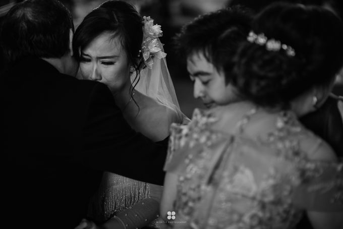 Wedding Day by Daniel H - Anthony & Amelia by Miracle Photography - 006