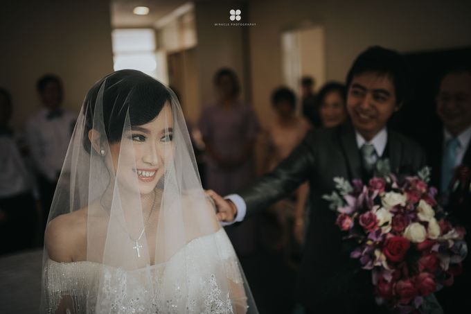 Wedding Day by Daniel H - Anthony & Amelia by Miracle Photography - 024