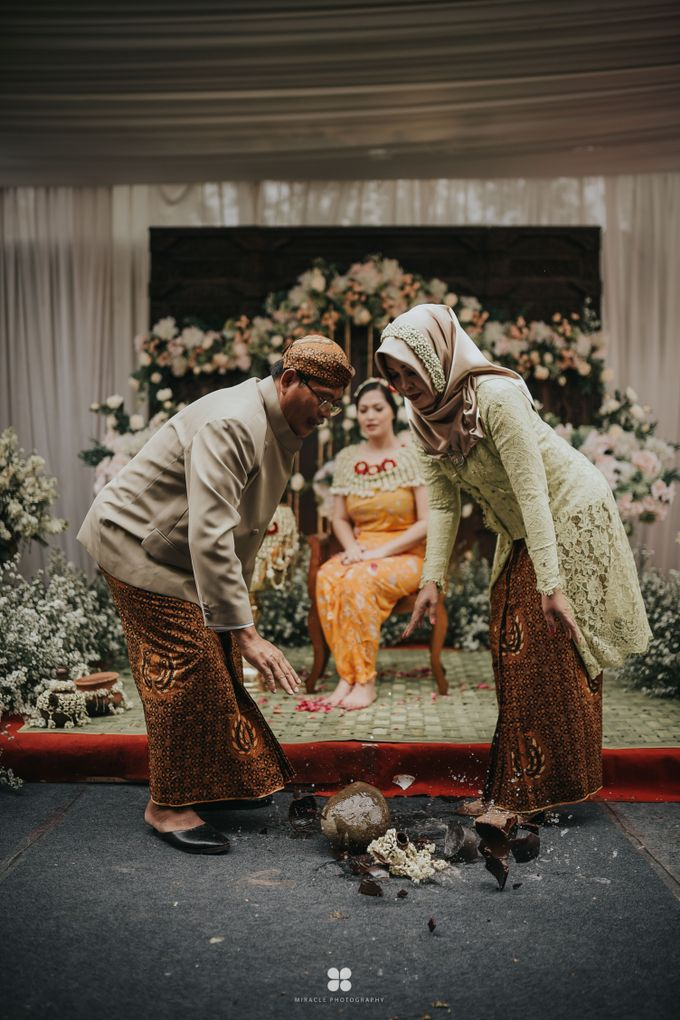 Wedding Day by Daniel H - Farah & Andhunk by Miracle Photography - 011