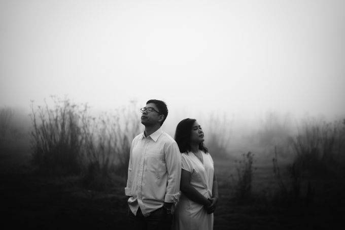 Ardhya & Nindy Elopement Session by Chroma Pictures - 031