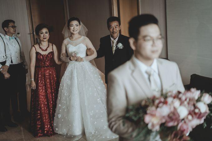 Anton & Cynthia Wedding Day by Mimi kwok makeup artist - 013