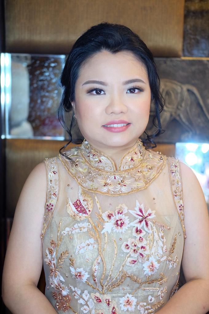 Sister of bride & groom by Verena Makeup Artist - 002