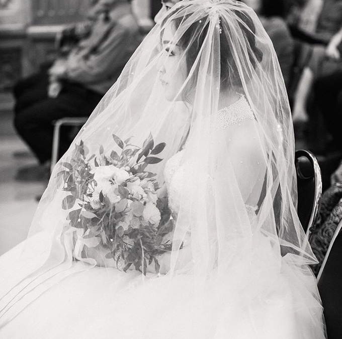 Cipta & Nathalie Tying Knot by Vermount Photoworks - 024