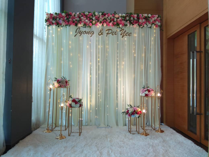 Photobooth with Instant Print by Verona Bridal - 036