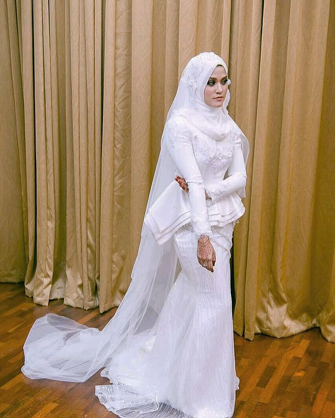 Nikah Wedding Dress by Emma Wedding - 004
