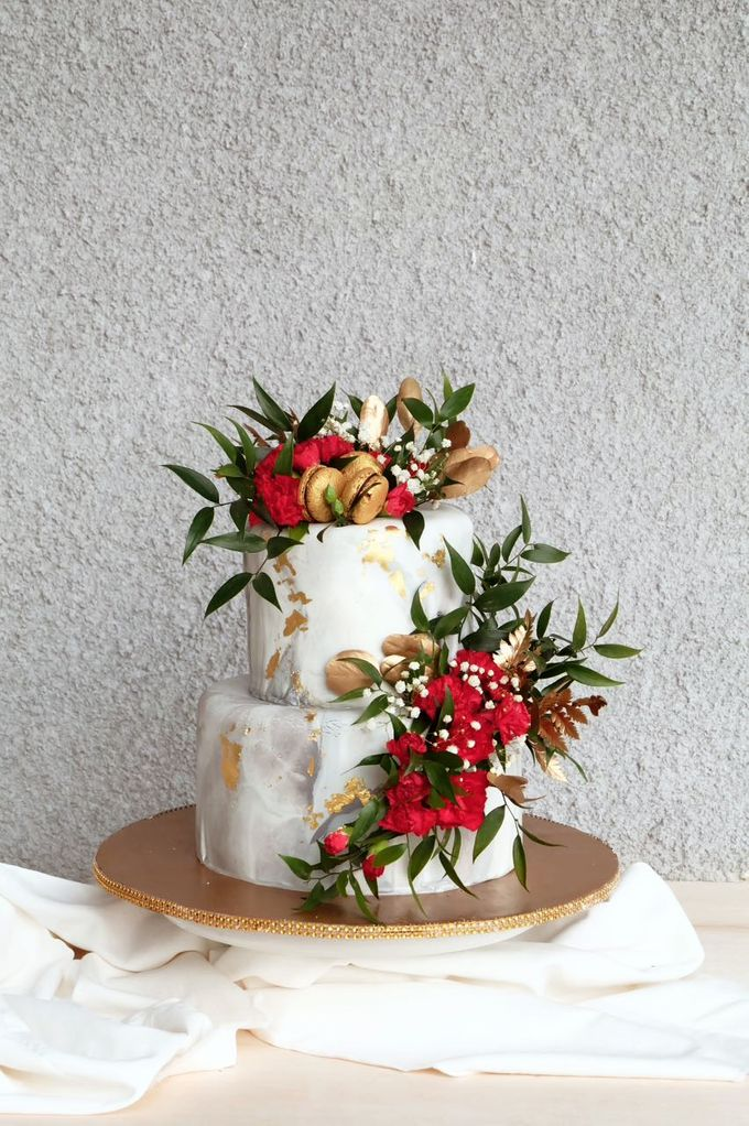 Marble 2 Tiered Cake by KAIA Cakes & Co. - 003