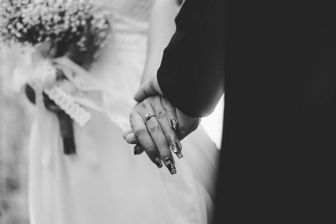 Bride Nails by VH Nails - 008
