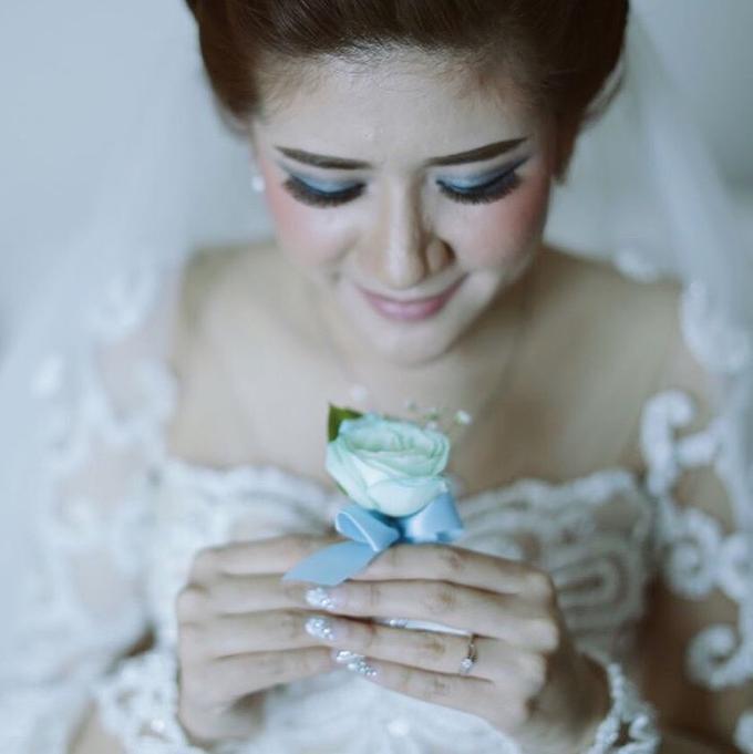 Bride Nails by VH Nails - 011