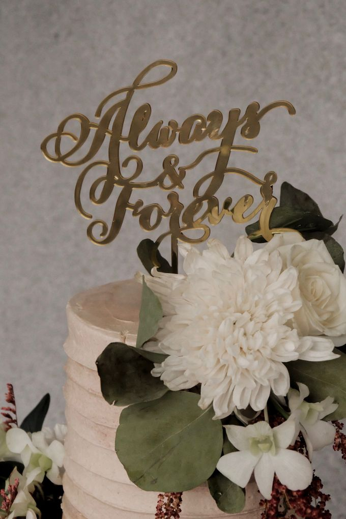 The Wedding of Poppy & Ogen by KAIA Cakes & Co. - 003