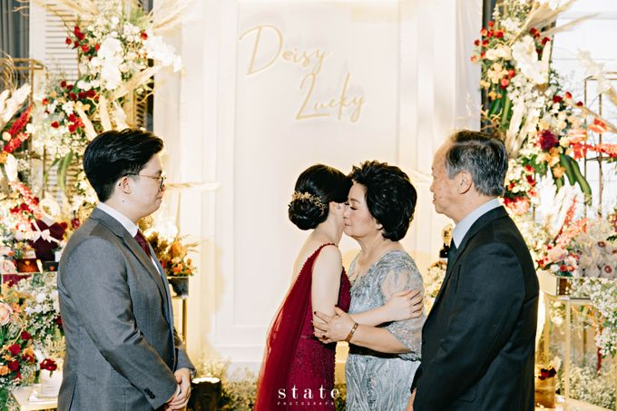 Engagement - Lucky & Deisy by State Photography - 017