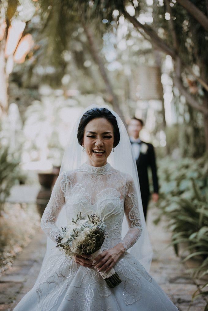 THE WEDDING OF ABEDNEGO & AGUSTINNE by natalia soetjipto - 013