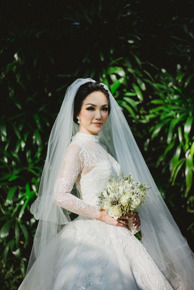 THE WEDDING OF ABEDNEGO & AGUSTINNE by natalia soetjipto - 004