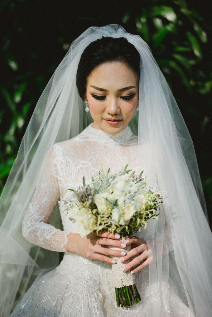 THE WEDDING OF ABEDNEGO & AGUSTINNE by natalia soetjipto - 014