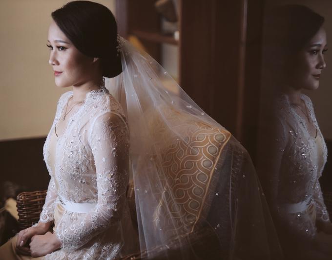 Ratna & Hendra (bride's ROBE) by Vicuna - 003