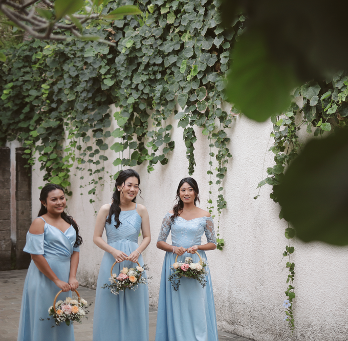 R&H Bridesmaids Dresses by Vicuna - 001