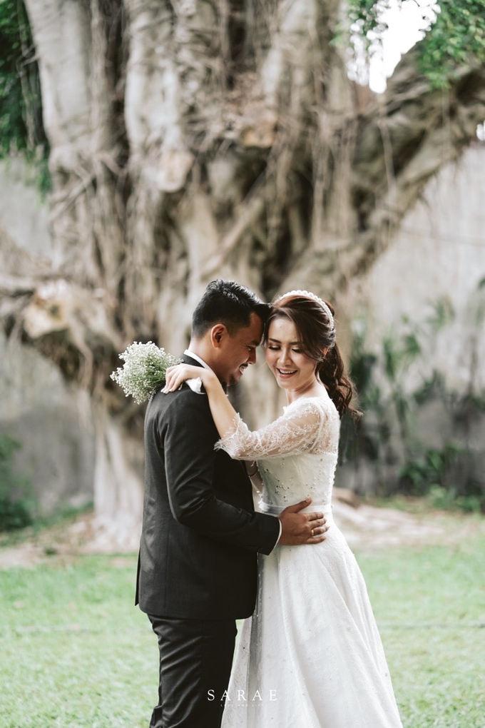 Karen & Erich (Wedding Gown)  by Sarae Foto - 002