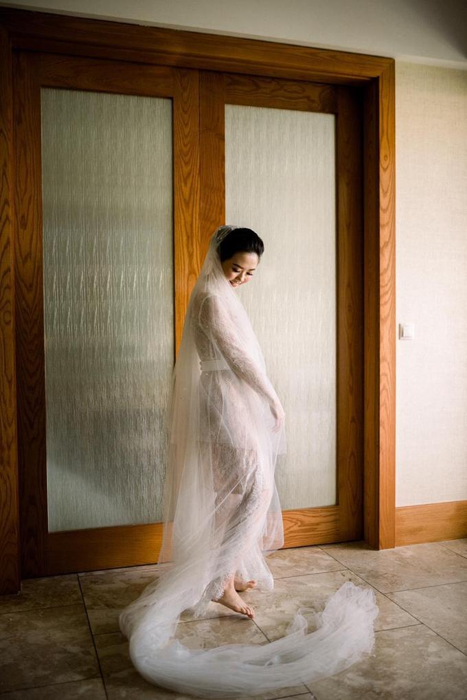 Aktalisa & Gideon (Bride's ROBE) by Vicuna - 002